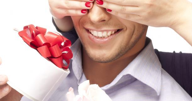 Ajattele laatikon ulkopuolella ostaessasi lahjoja miehellesi
