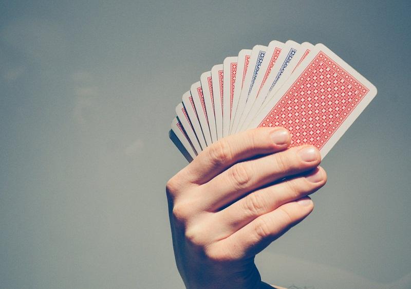 Pitäisikö sinun kokeilla uhkapelejä ja pokeri-sivustoja? Löydä lisää merkityksellisistä näkökohdista täältä!
